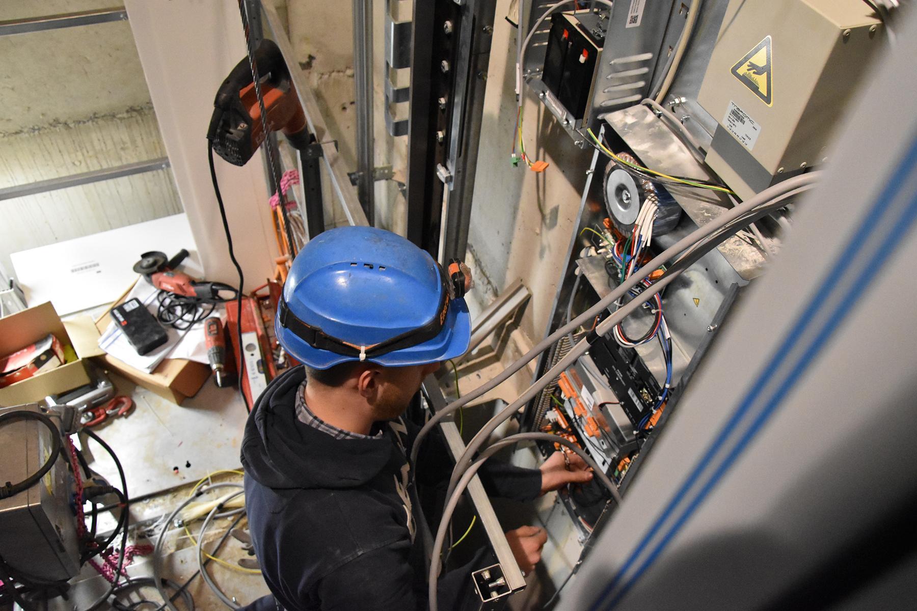 Techniques des ascenseurs - bases
